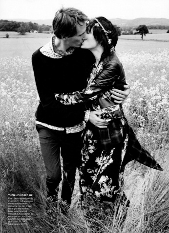 Fashion_Scans_Remastered.Edie_Campbell.VOGUE_USA.September_2013.Scanned_by_VampireHorde.HQ.2