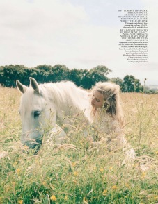 vogue-uk-2013-10-oct-3380